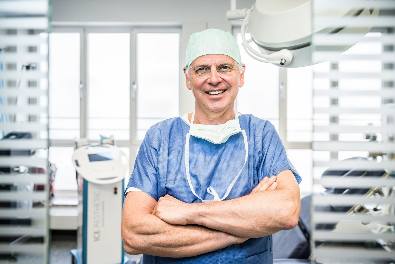 Dr. von Finckenstein im OP